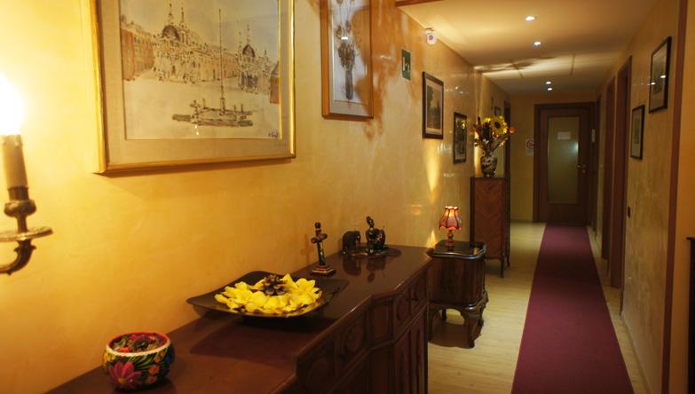 carousel_3 - corridoio
